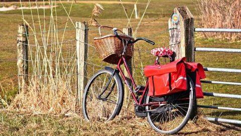 Bicicletta con borsa
